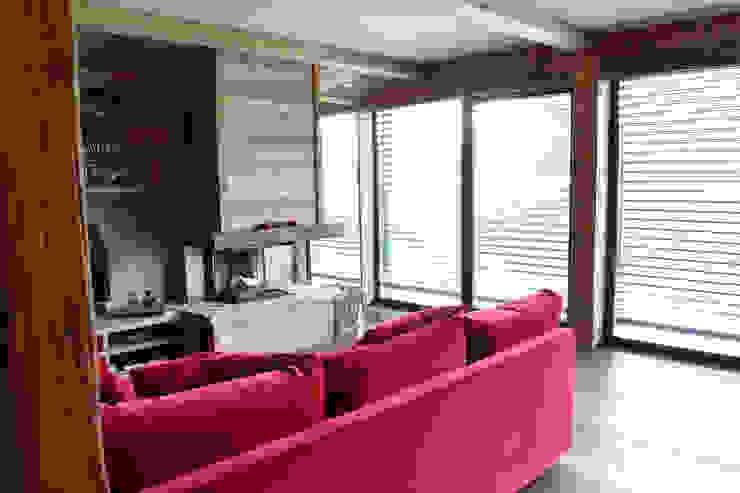 Andrea Rossini Architetto Modern living room