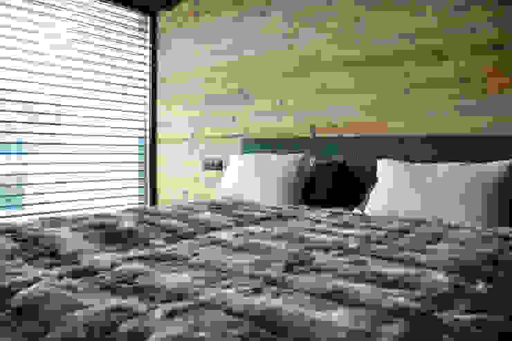 Andrea Rossini Architetto Minimalist bedroom