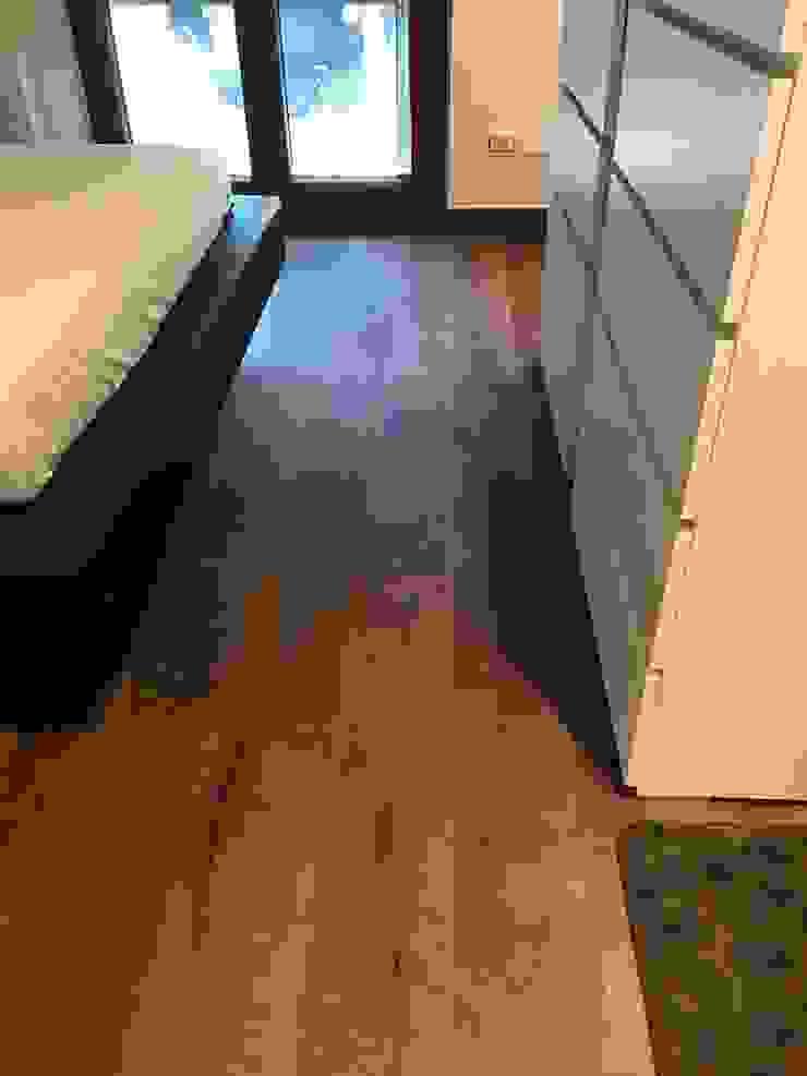 SUPER BLOC SRL Modern Bedroom
