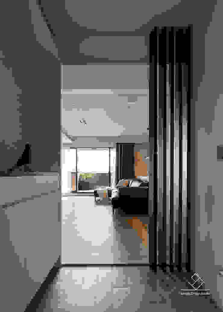 玄關 現代風玄關、走廊與階梯 根據 極簡室內設計 Simple Design Studio 現代風