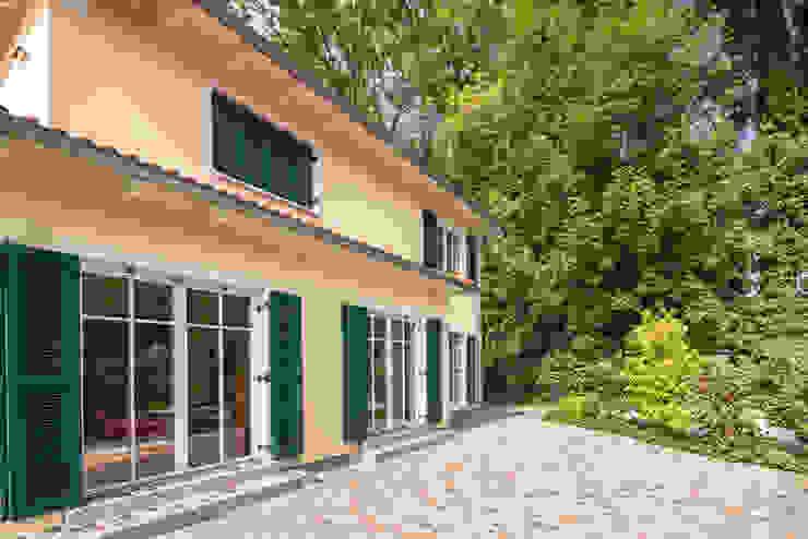 Stadtvilla im mediterranen Stil wir leben haus - Bauunternehmen in Bayern Villa