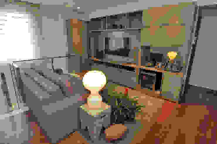 Estar Ìntimo Salas de estar modernas por Gislene Soeiro Arquitetura e Interiores Moderno