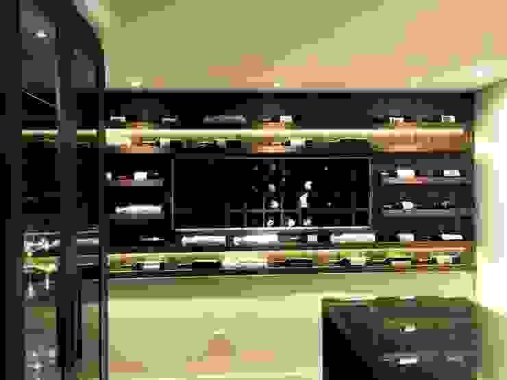 ADL Projetos Sob Medida Wine cellar Wood Wood effect