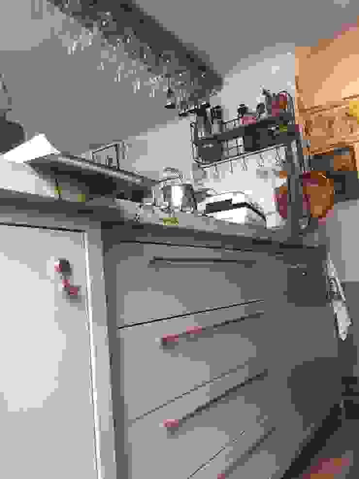 ADL Projetos Sob Medida ComedorVasos y vajilla Tablero DM Acabado en madera