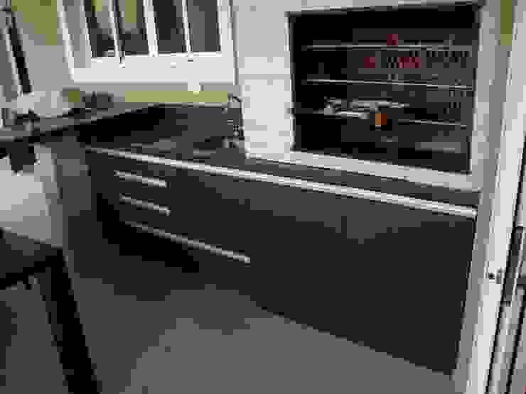 ADL Projetos Sob Medida Balconies, verandas & terraces Furniture MDF Wood effect