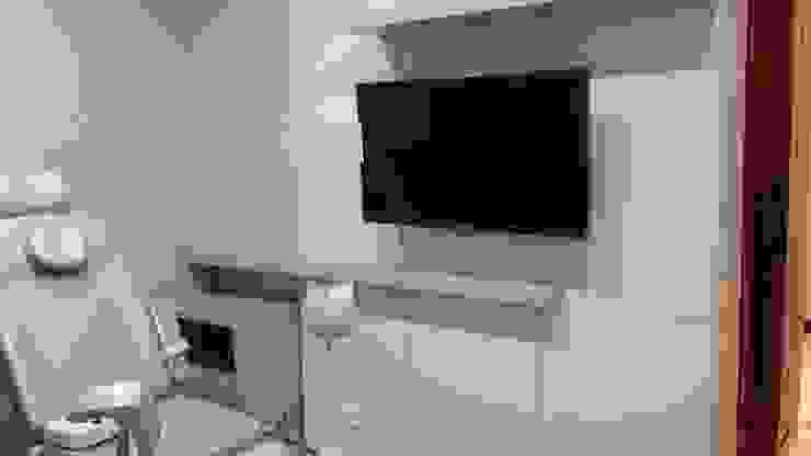 ADL Projetos Sob Medida Tiendas y espacios comerciales Tablero DM Acabado en madera