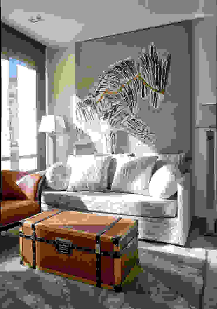 Contemporary small living room: modern  by S. T. Unicom Pvt. Ltd. ,Modern