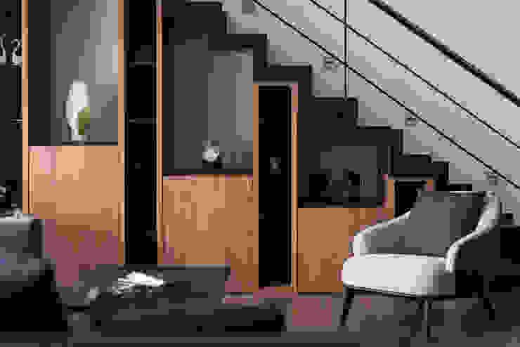 凌雲景觀樓中樓 現代風玄關、走廊與階梯 根據 紫硯空間設計 現代風