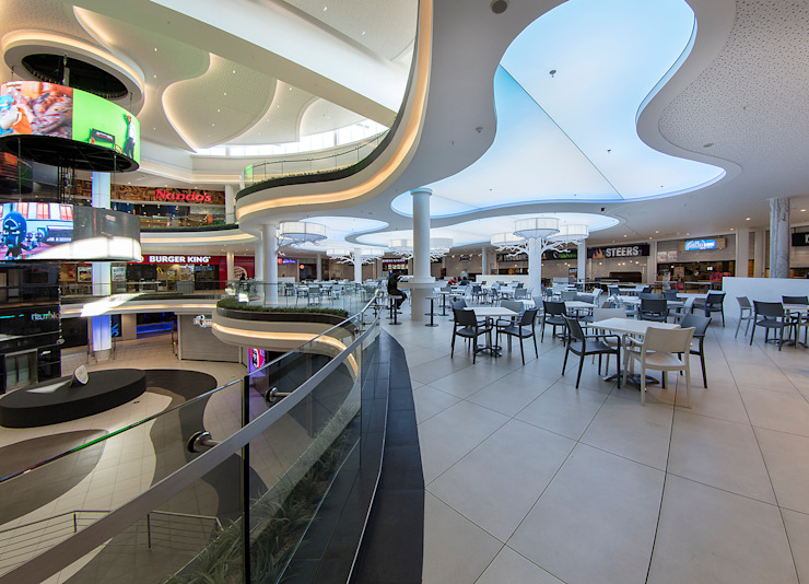 Cresta Food Court by Spegash Interiors Modern