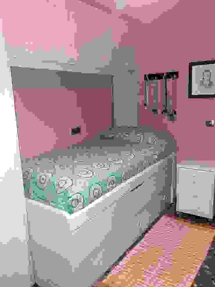 PROYECTO 27635 de CASANOVA Muebles Y Decoración Moderno