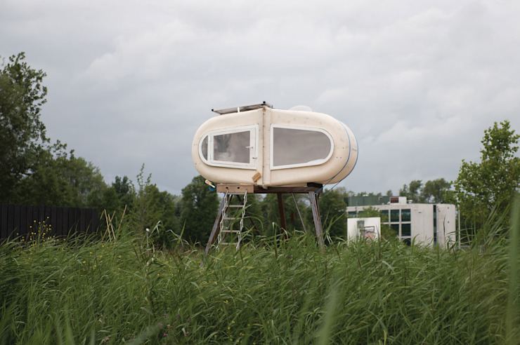 Sleeping Pod Industriële slaapkamers van Studio Made By Industrieel Kunststof