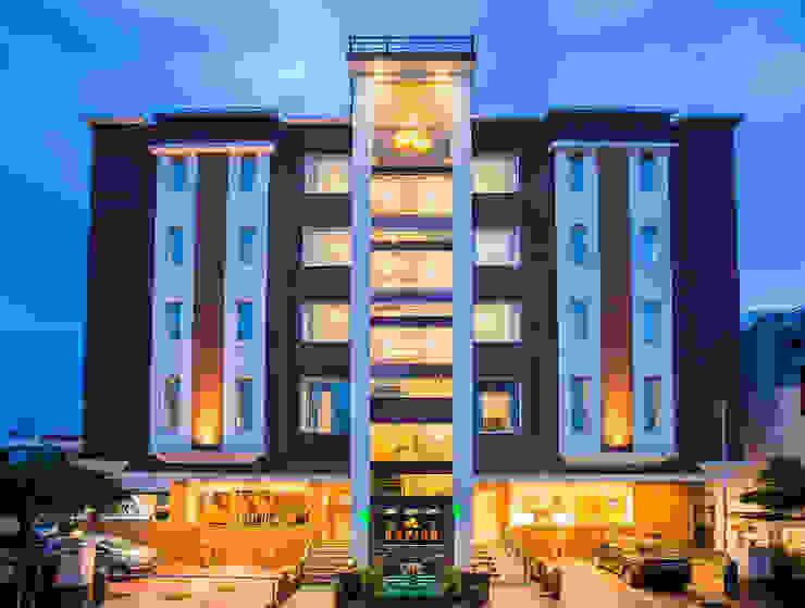 Hotel moderni di Arch Point Moderno