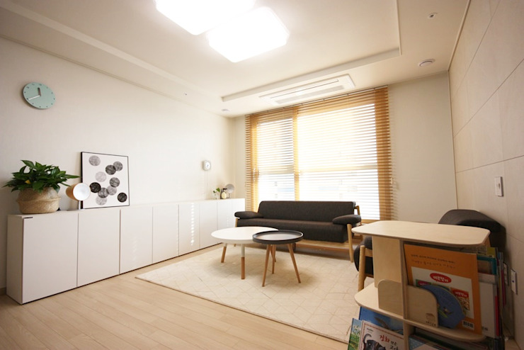 homelatte Minimalist living room