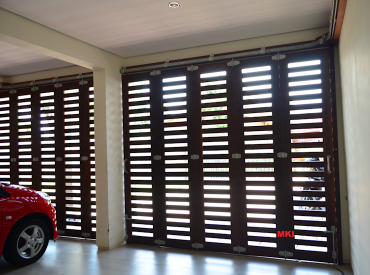 Garage/shed by PT.Matabangun Kreatama Indonesia, Tropical