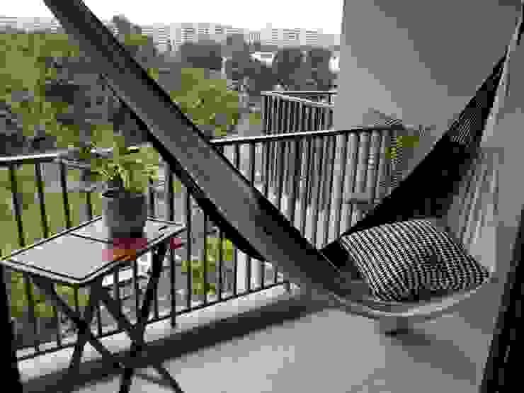 Luxury hammock on a condo balcony: modern  by ZEN hammocks,Modern