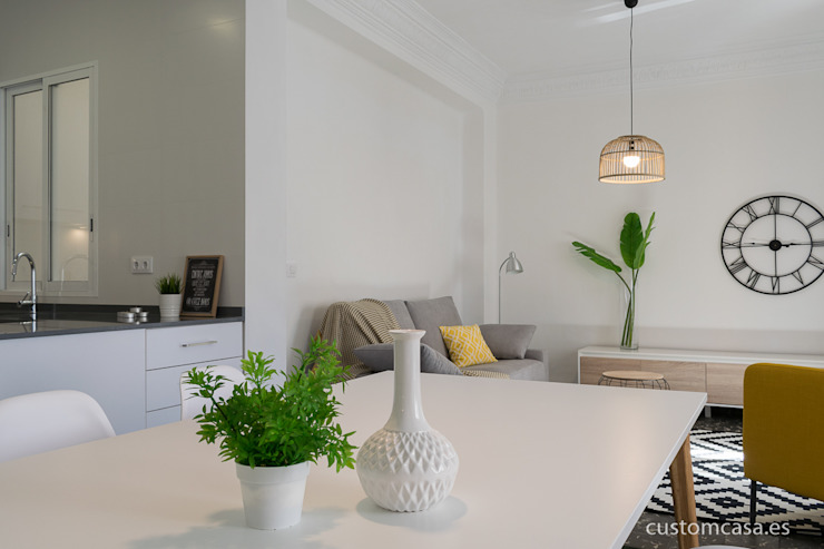 custom casa home staging Scandinavian style living room