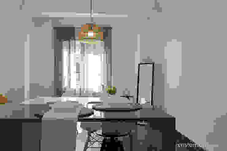 custom casa home staging Scandinavian style kitchen
