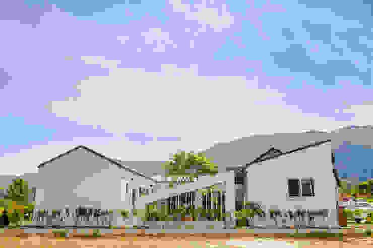 삼시세끼 하우스 *2017 전북건축문화상 금상* 모던스타일 주택 by 건축스튜디오 사람 모던