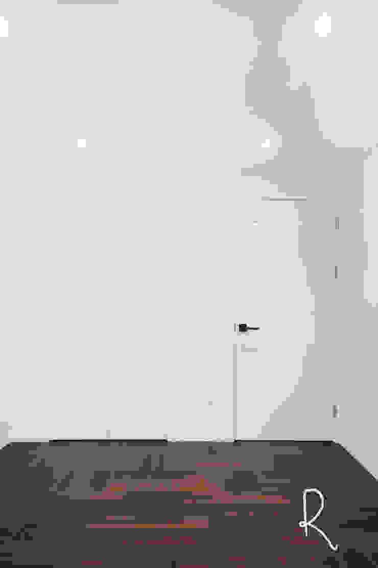 사하구 유림2차 39평 아파트 인테리어 모던스타일 미디어 룸 by 로하디자인 모던