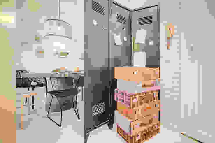 Santiago | Interior Design Studio 工業風的玄關、走廊與階梯