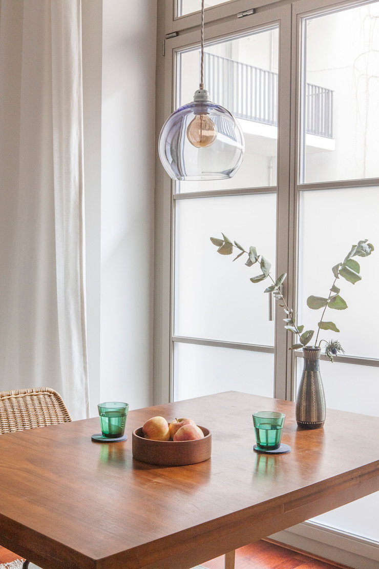 Eclectic style dining room by VINTAGENCY Eclectic