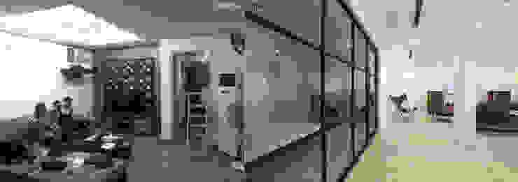 Cải tạo căn hộ tầng 7 Chung cư Ngọc Khánh:   by AOTA atelier