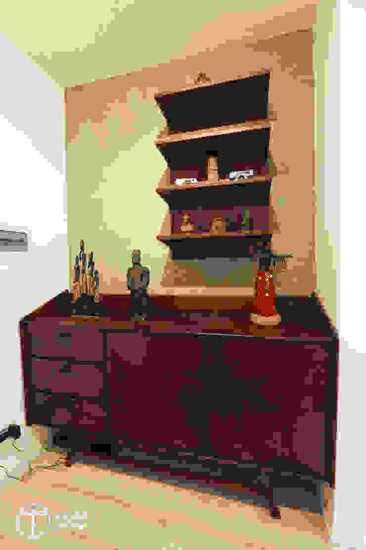 Cải tạo căn hộ tầng 7 Chung cư Ngọc Khánh Nhà bếp phong cách Bắc Âu bởi AOTA atelier Bắc Âu