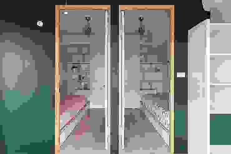 Nursery/kid's room by 禾光室內裝修設計 ─ Her Guang Design, Modern