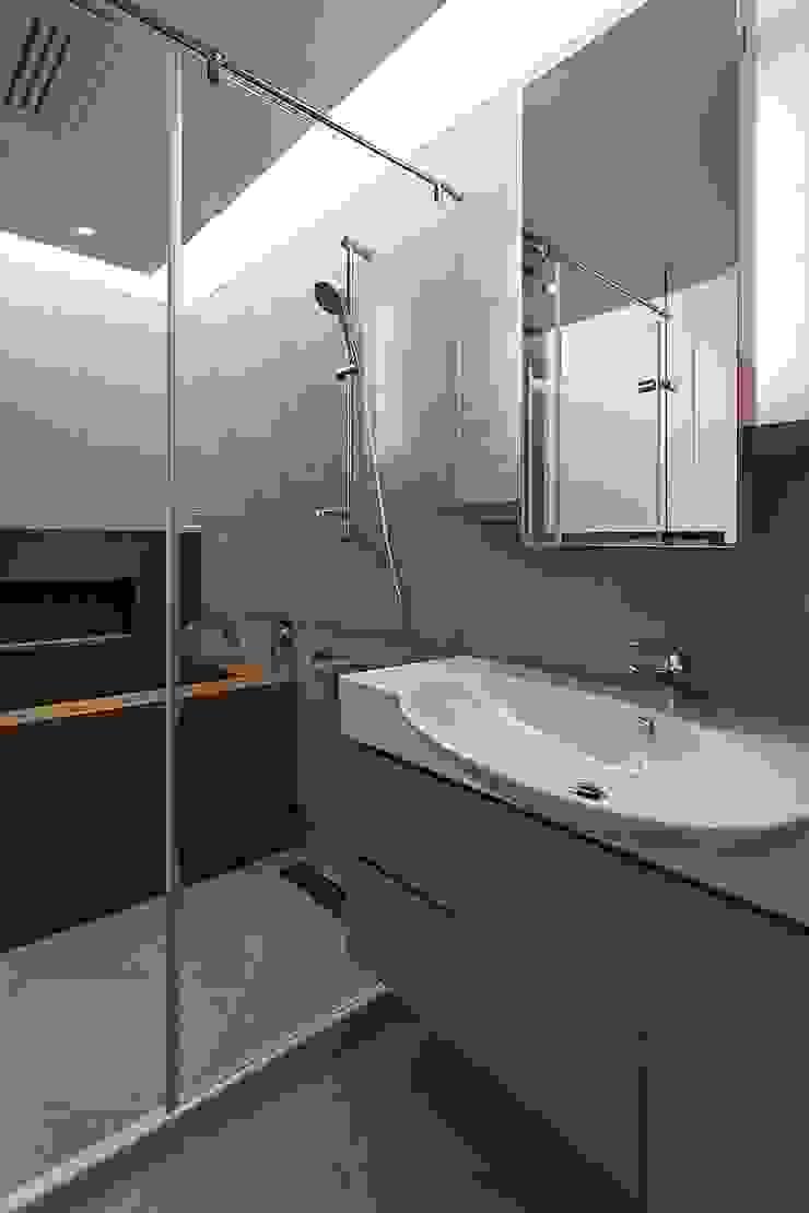 主浴 禾光室內裝修設計 ─ Her Guang Design 現代浴室設計點子、靈感&圖片