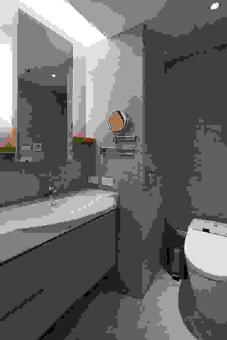 年輪 禾光室內裝修設計 ─ Her Guang Design 現代浴室設計點子、靈感&圖片