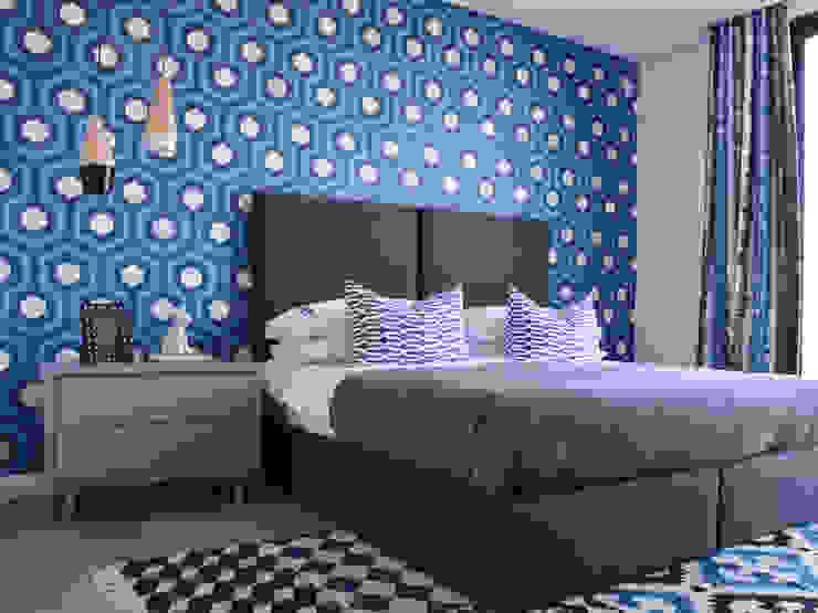 Colour Kaleidoscope Modern style bedroom by Studio Mitchell Modern