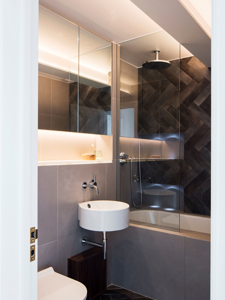 Master bathroom Modern Bathroom by Brosh Architects Modern Tiles