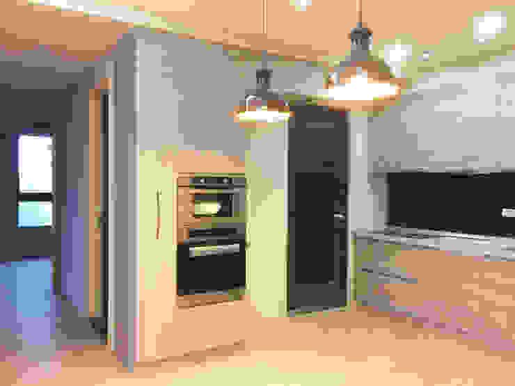 室內設計裝潢-原砌: 現代  by 解構室內設計, 現代風 塑木複合材料