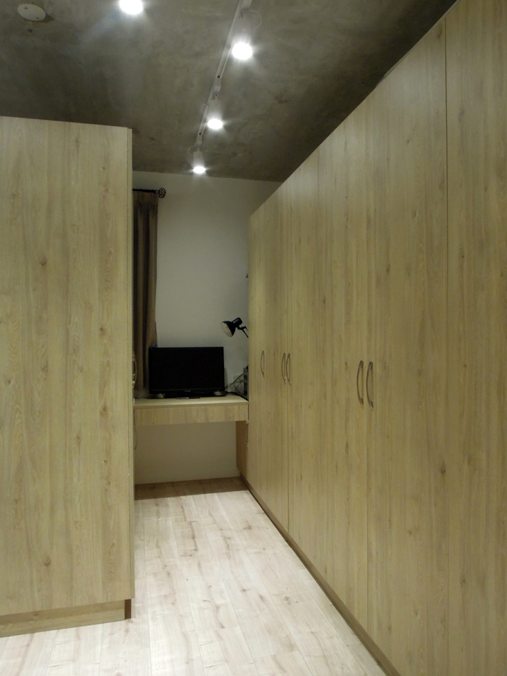 Industrial style dressing room by Fu design Industrial