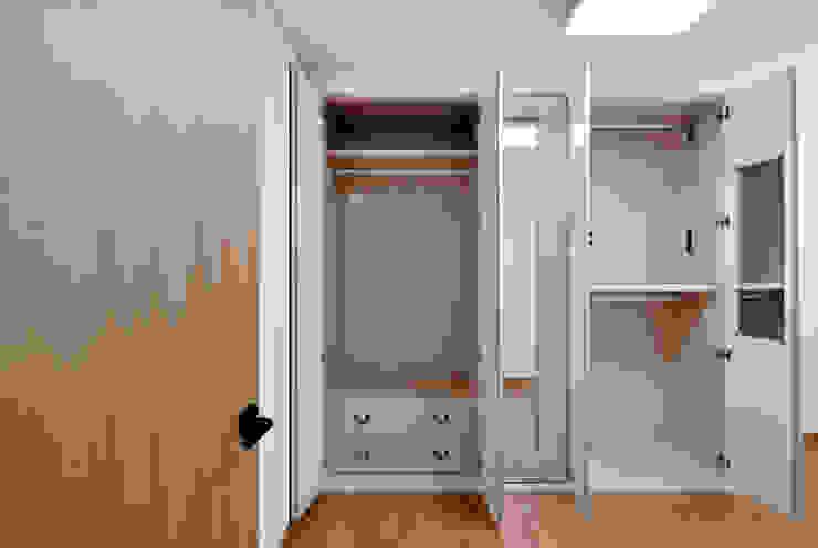 신목동 3단지 한옥스타일 아파트 인테리어 모던스타일 드레싱 룸 by (주)더블유디자인 모던