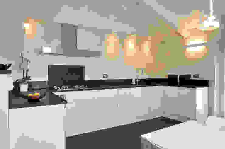 Modern style kitchen by ARCHISPRITZ Modern