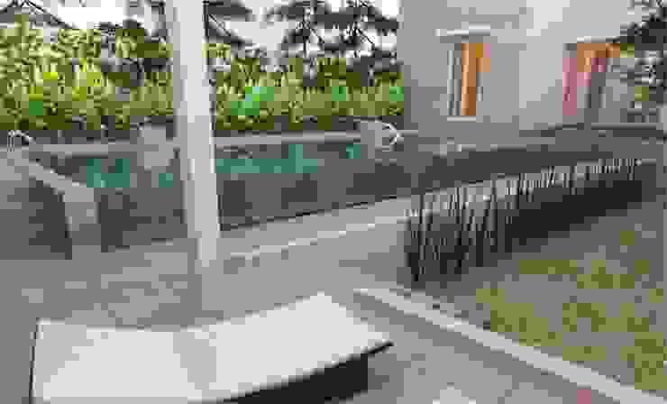 Kolam Renang Oleh Manasara Design&Build