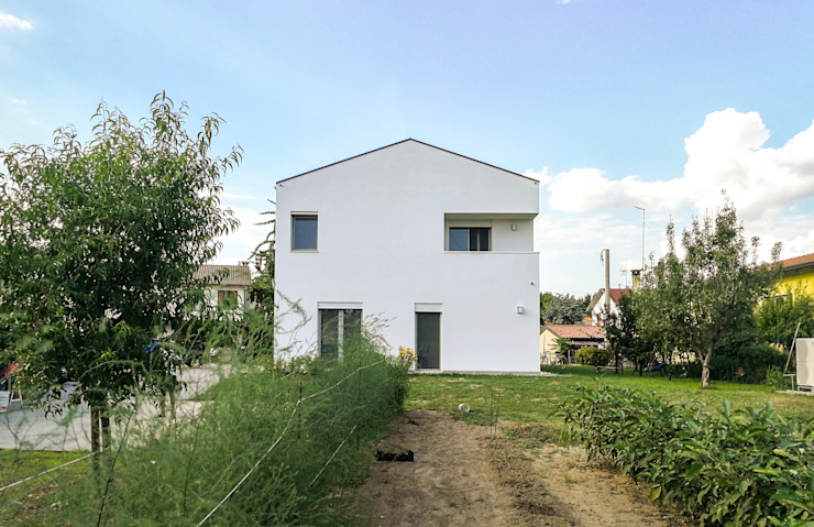 Davide Ceron Architetto Casas de estilo minimalista Blanco