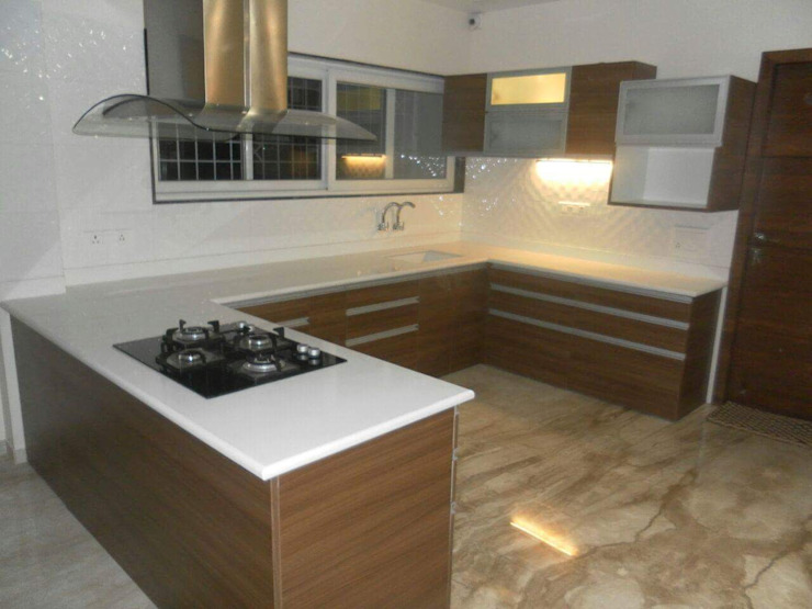 BLUCAP LLP Modern Kitchen