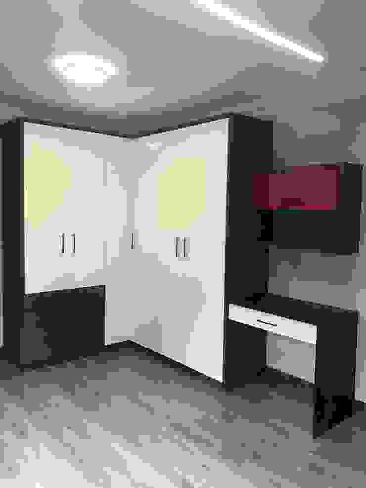 Teenage boys bedroom Modern style bedroom by Timid Tyger Kitchen Designs Modern Quartz