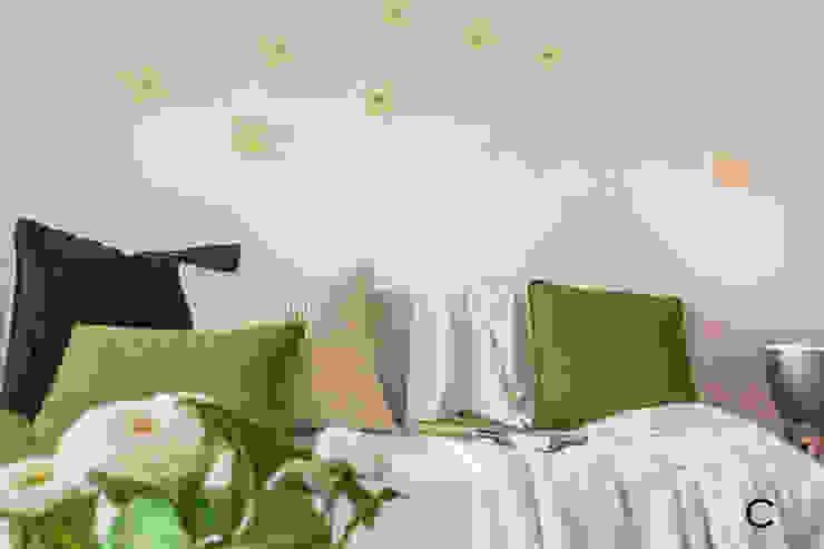 DETALLE Salas de estilo moderno de CCVO Design and Staging Moderno