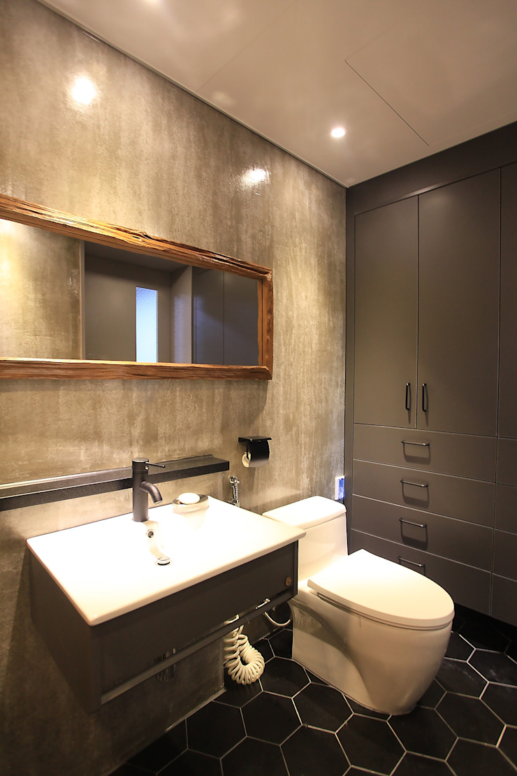 Modern bathroom by JUNDESIGN Modern