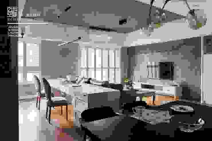 百玥空間設計 ─ 賦居映月 ─客廳 根據 百玥空間設計 鄉村風 OSB