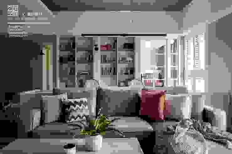 百玥空間設計 ─ 賦居映月 ─ 沙發 根據 百玥空間設計 鄉村風 OSB
