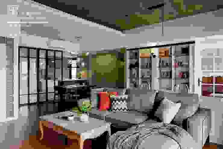 百玥空間設計 ─ 賦居映月 ─餐廳 根據 百玥空間設計 鄉村風 OSB