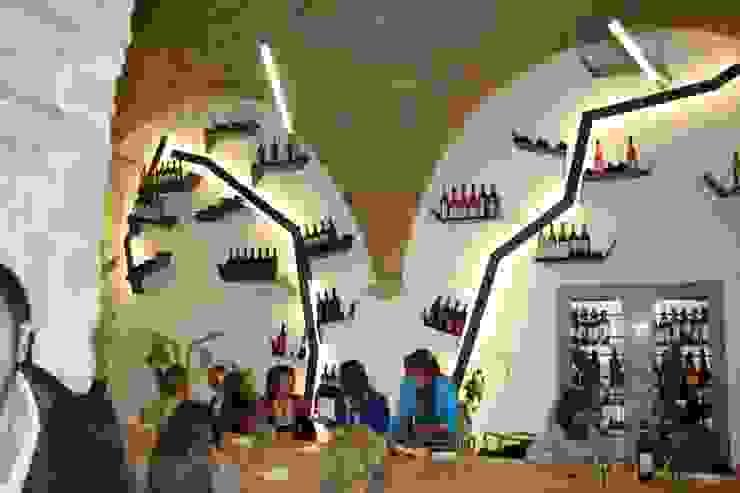 Allestimento interno Chendù Bar & Club moderni Ferro / Acciaio