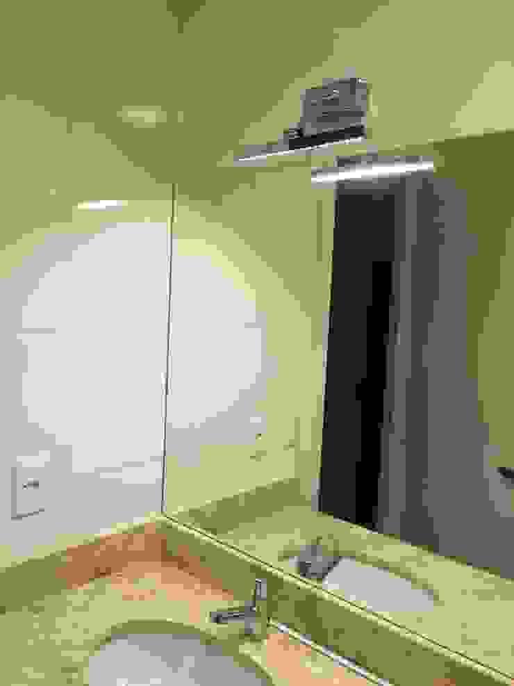 Apartamento Condado de Homelland – Gramado Banheiros clássicos por Luiza Goulart Arquiteta Clássico Mármore