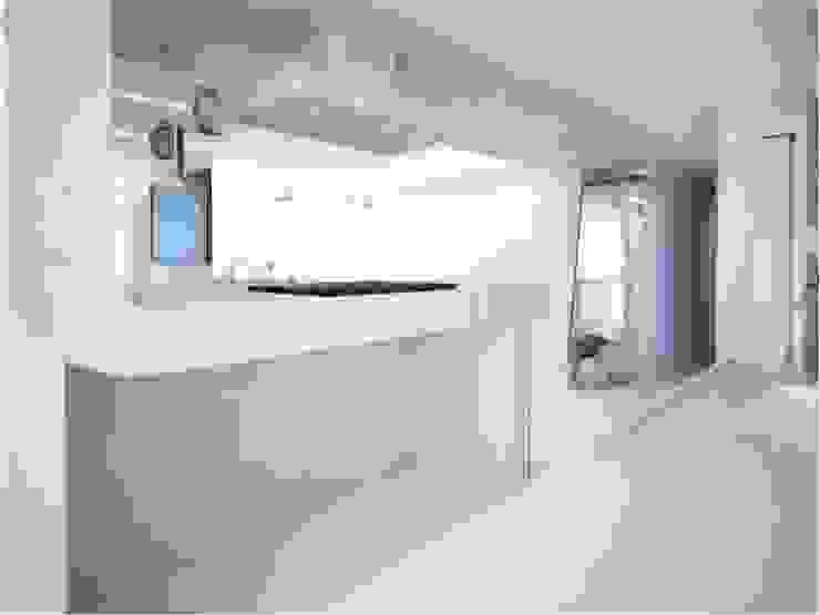 PLANYTEC CONSTRUÇÕES E PROJETOS Modern kitchen