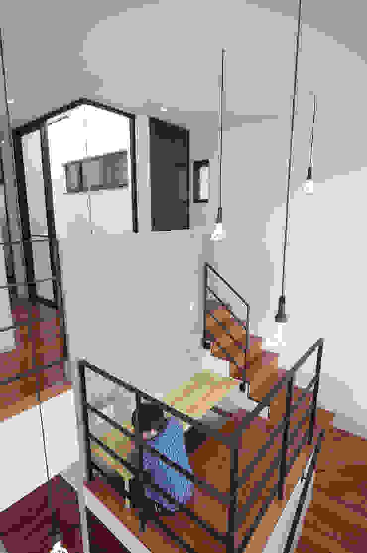 by hacototo design room Modern Concrete