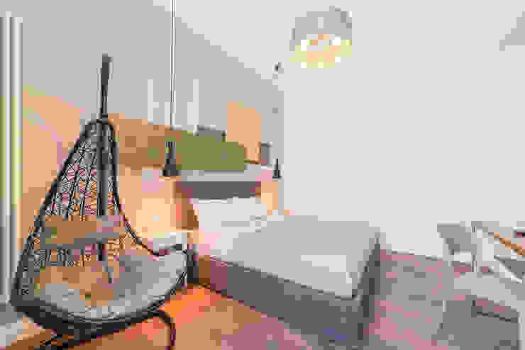 cristina bisà Dormitorios de estilo ecléctico Ámbar/Dorado